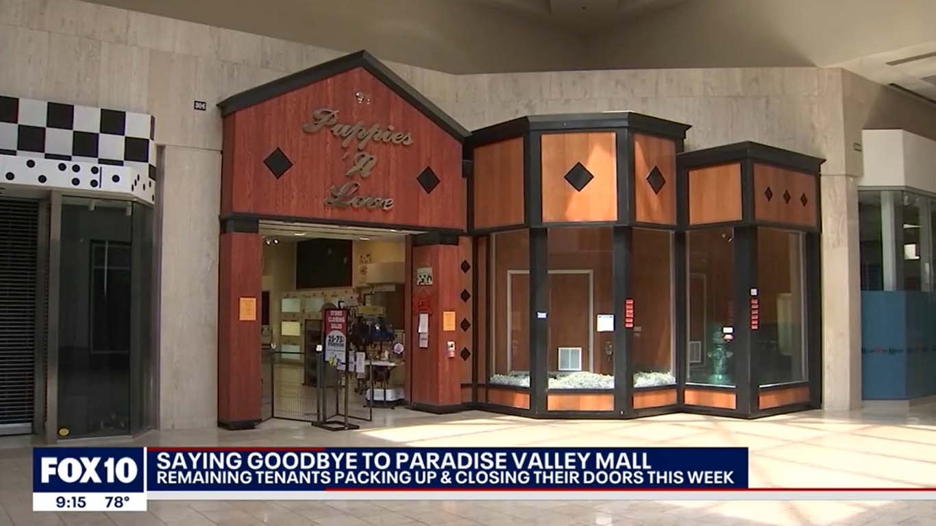 Last call: Most stores shuttered at Paradise Valley Mall ahead of closure, redevelopment Puppies Animal Kingdom Arizona